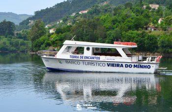 O Barco Turístico de Vieira do Minho retoma a sua atividade -