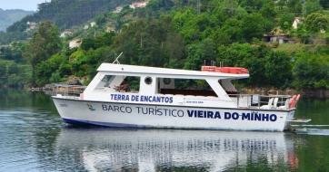 """Barco turístico de Vieira do Minho """"O Brancelhe"""""""